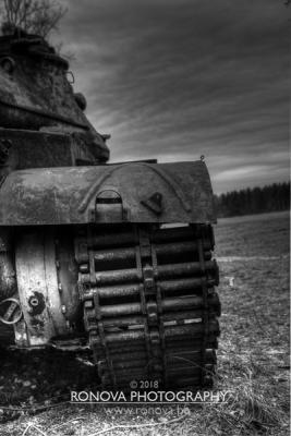 lost_tanks_4028_BW