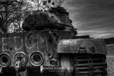 lost_tanks_4033_BW